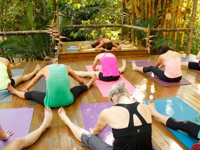 8 Days Juice Detox and Yoga Retreat in Costa Rica