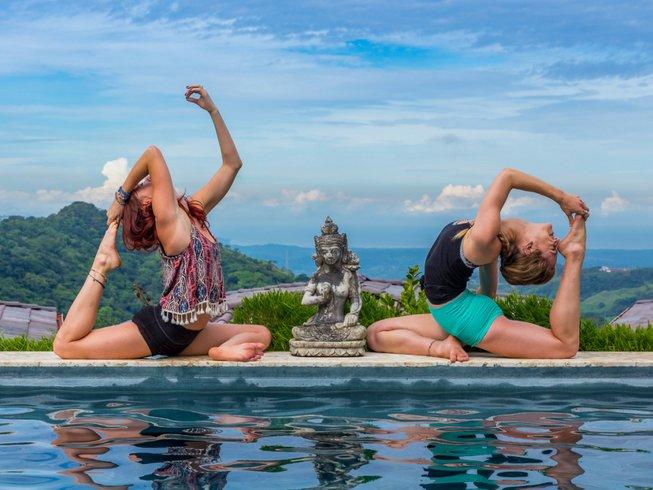 8 días retiro de yoga Aéreo, desarrollo personal y bienestar en Alajuela, Costa Rica