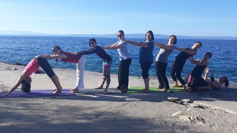 8 tage strand glück yoga urlaub auf englisch und deutsch