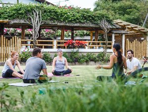 3 Days Surf and Yoga Holiday in Olon, Ecuador