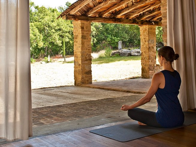 8 Days Yoga and Meditation Retreat in Tuscany, Italy