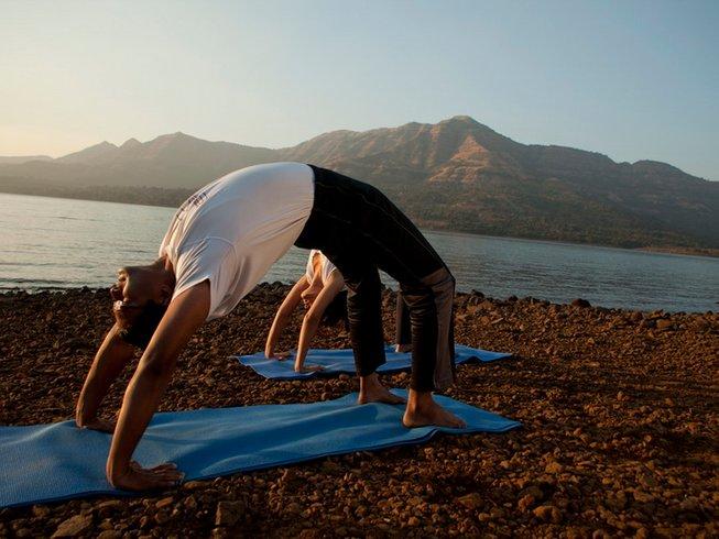 2 Tage Yoga Urlaub in Pune, Indien