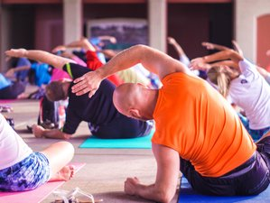 Short Yoga Teacher Training
