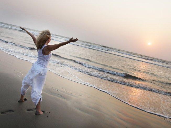 14 Days Rejuvenating Urban Antidote Yoga Retreat in Goa, India