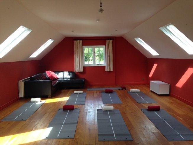4 Days New Year's Yoga Retreat in Cornwall, UK
