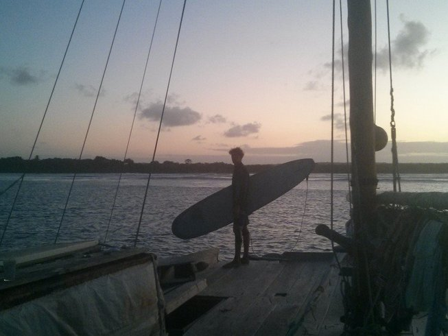 7 Days Sail-Surf and Yoga Retreat in Panama