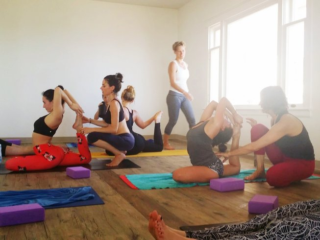 27 Days 250-Hour Hot Yoga Teacher Training in California