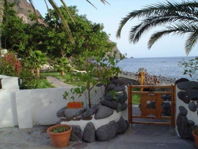 8 Days Yoga Retreat in La Gomera, Spain