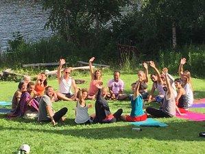 7 Tage Atmung, Handstand, Brücke und AcroYoga Urlaub in Västmanland, Schweden