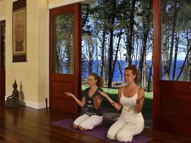 4 Days Mother and Daughter Yoga Retreat in USA