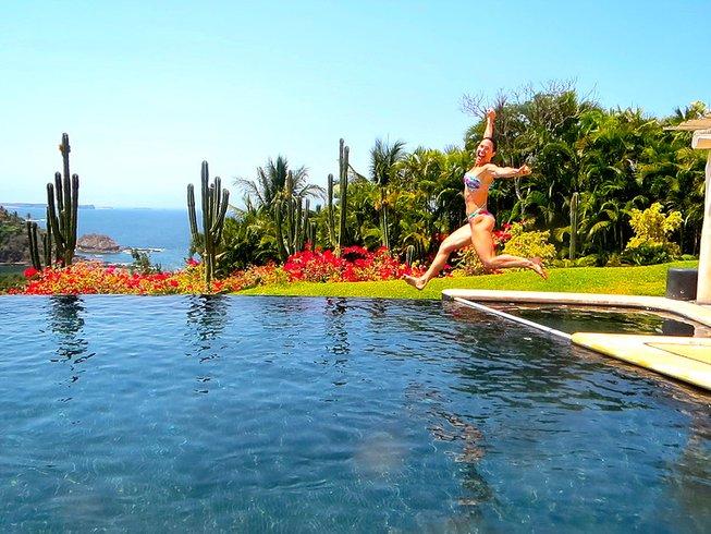 """7 jours en stage de yoga """"l'amour apparaît sous de nombreuses formes"""" à Costa Careyes, Mexique"""