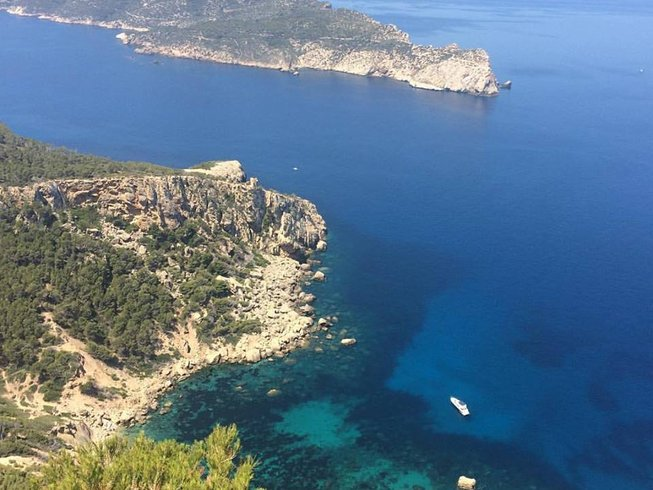 8 Days Digital Detox and Yoga Retreat in Spain