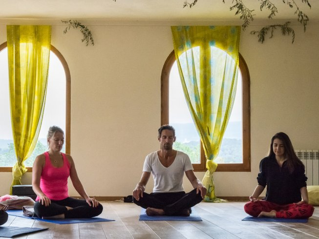 3 Days Weekend Meditation and Yoga Retreat in Spain