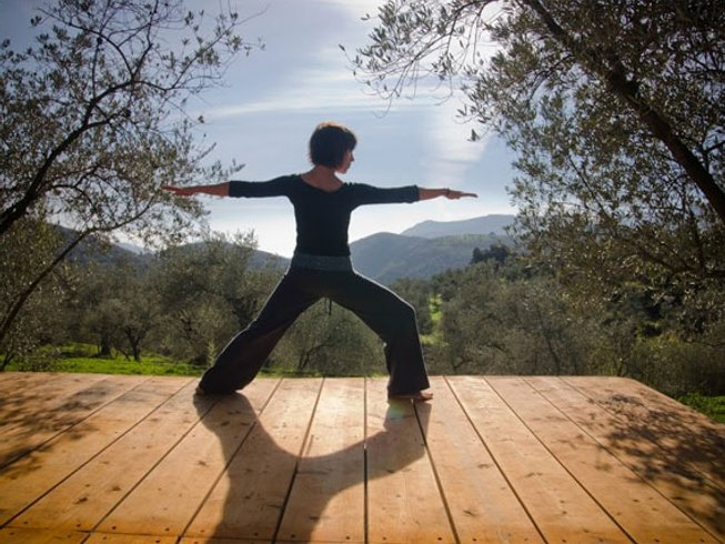 6 Days Christmas Yoga Retreat in Granada, Spain