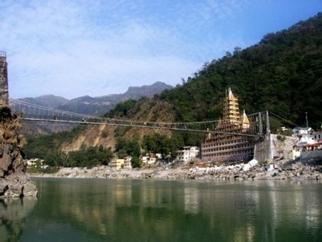 44 Days 300 Hour Yoga Teacher Training in Rishikesh