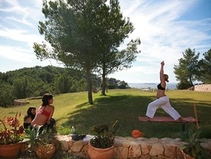 29 Days 200-hour Yoga Teacher Training in Ibiza