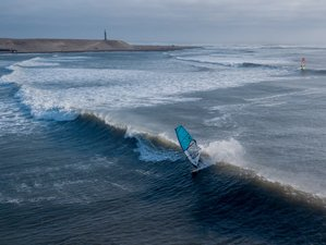 8 Days Skill Enhancing Windsurf Clinic in Pacasmayo, Peru