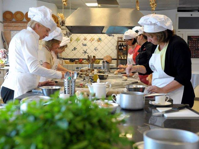 cheap italian cooking holidays in tuscany - photo#11
