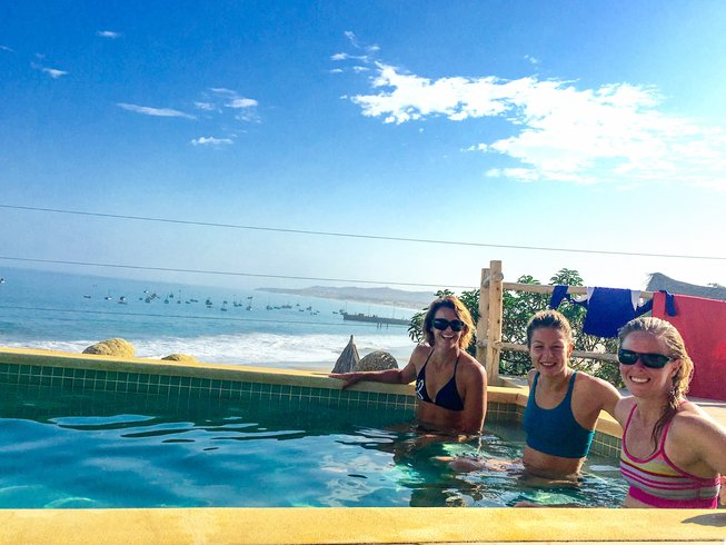 8 Days Kiteboarding, Yoga & Surf Retreat in North Shore, Peru