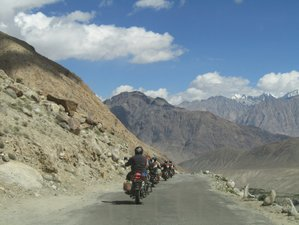10 Day Delhi to Leh Motorcycle Tour in India