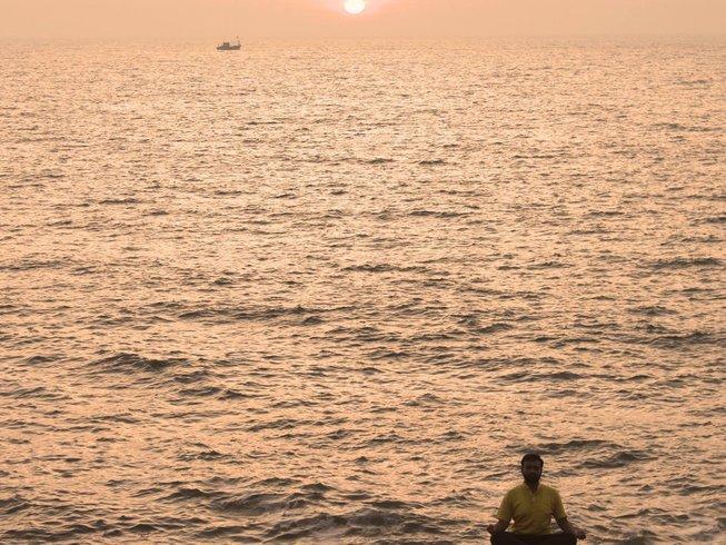 4 días retiro de yoga y meditación en la playa en Karnataka, India