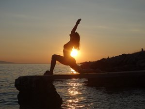 4 Days Hatha Yoga Beach Holiday with a Certified Teacher in Gokarna, India