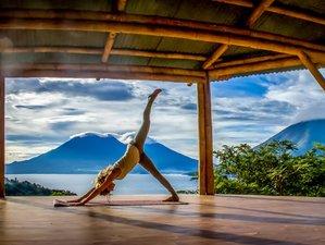 10 días de retiro de yoga para mujeres, sagrada expresión, Guatemala