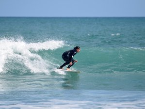4 Days Surf and Stay Camp in Auckland, New Zealand