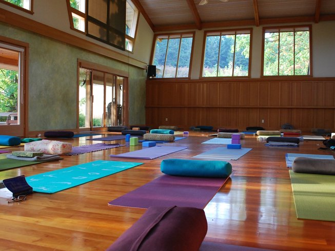 5 Days Women Yoga Retreat Canada