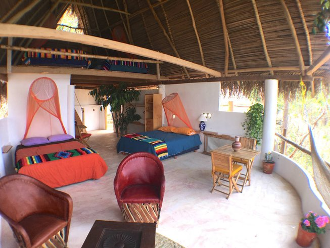 7-Daagse Holistische Genezing met Sapkuur Detox, Meditatie en Yoga Retreat in Jalisco, Mexico