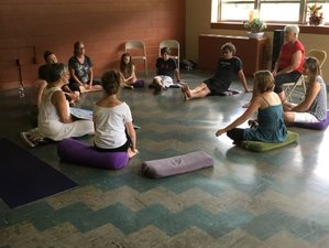 25 Days 200-Hour Yoga Teacher Training in USA