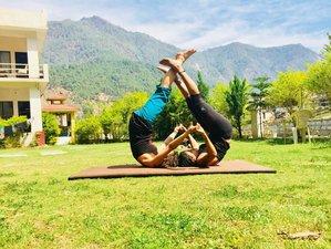 30 Days 200-Hour Traditional  Hatha, Ashtanaga, and Vinyasa Yoga Teacher Training in India