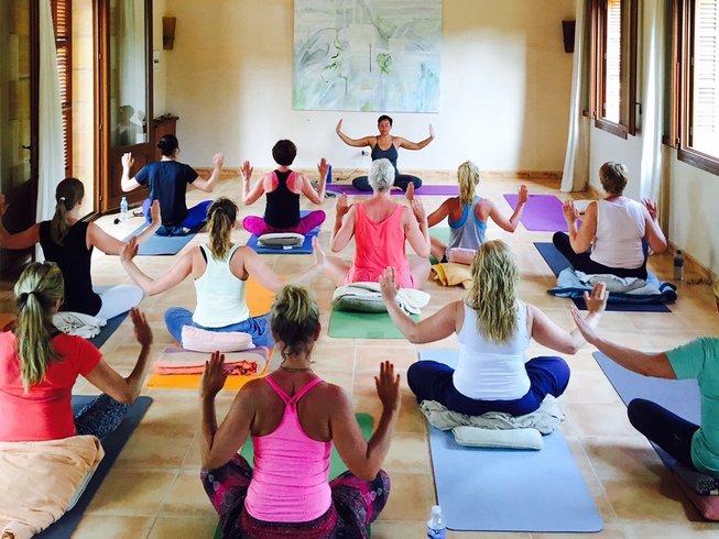 7 Days Detoxing Yoga & Raw Food  Retreat in Spain