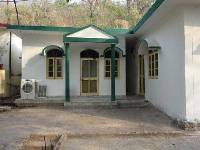 28 Days 200-Hour Props Yoga Teacher Training in Rishikesh, India