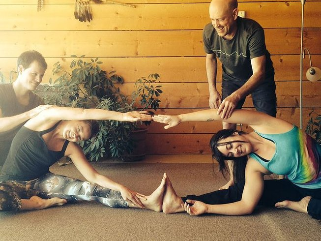 19 Days 180-hour Yoga Teacher Training in Colorado, USA