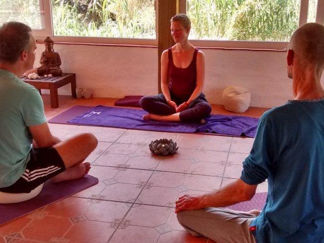 7 jours en stage de yoga et randonnée en montagne en Andalousie, Espagne