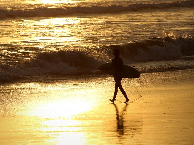 4 Days Surf and Yoga Holiday in Seminyak, Bali