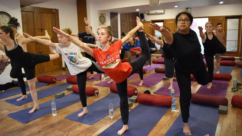 26 Day 200 Hour Ashtanga Vinyasa Yoga Teacher Training In Mysore Bookyogaretreats Com