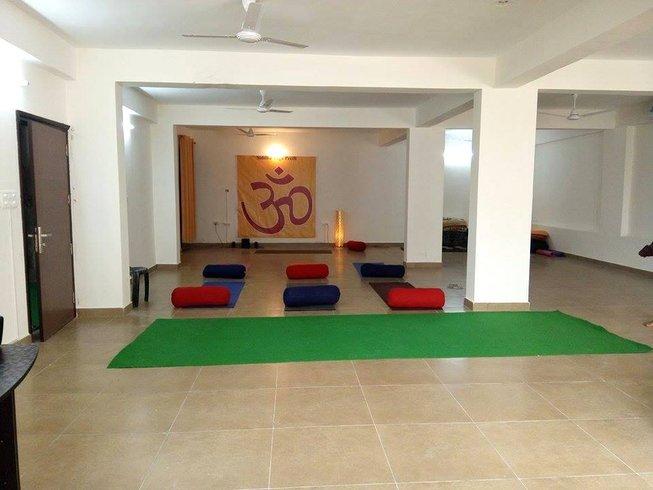 14 Days Detox and Yoga Retreat in Rishikesh, India