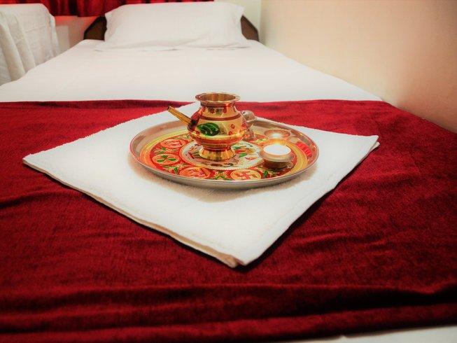 8 jours-50 heures de formation en pranayama et stage de yoga à Rishikesh, Inde