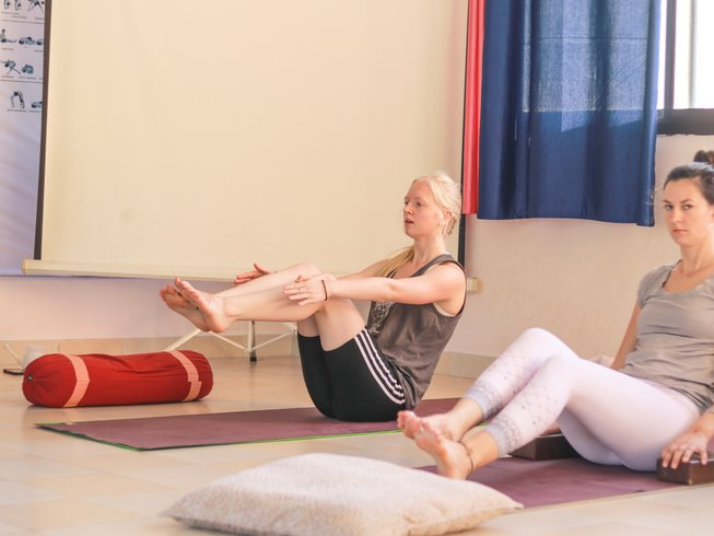 28 Days 200 Hour Multi Style Yoga Teacher Training in Rishikesh