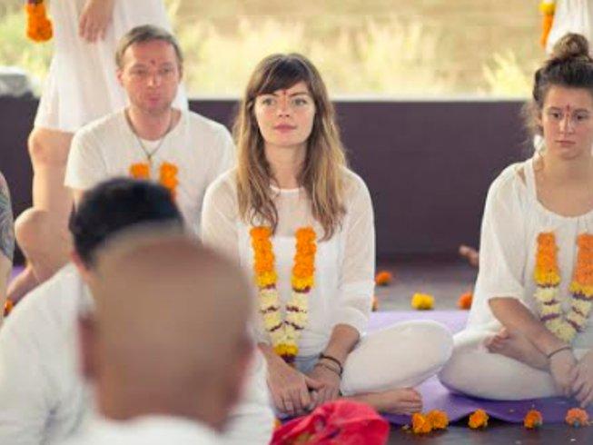 25 días profesorado de yoga de 200 horas en Goa, India