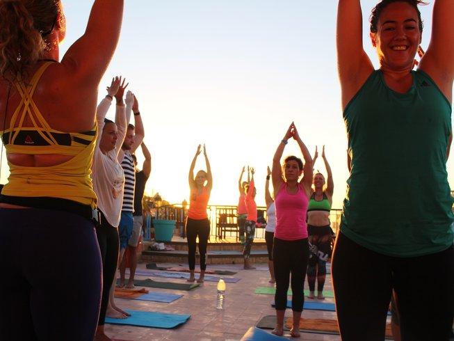 8 días de increíble surf y retiro de yoga en Agadir, Marruecos