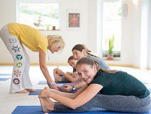 4 Wochen 400-Stunden Intensive Yogalehrer Ausbildung in Bad Meinberg