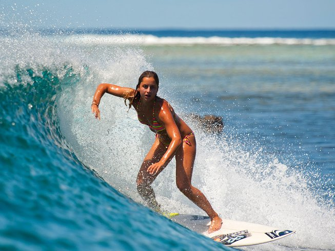 10 Days Uncrowded Surf Camp Maldives
