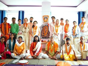 20 Days 200-Hour Meditation Teacher Training in India