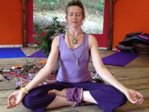 3 Days Autumn Equinox Yoga Retreat in South Gloucestershire, UK