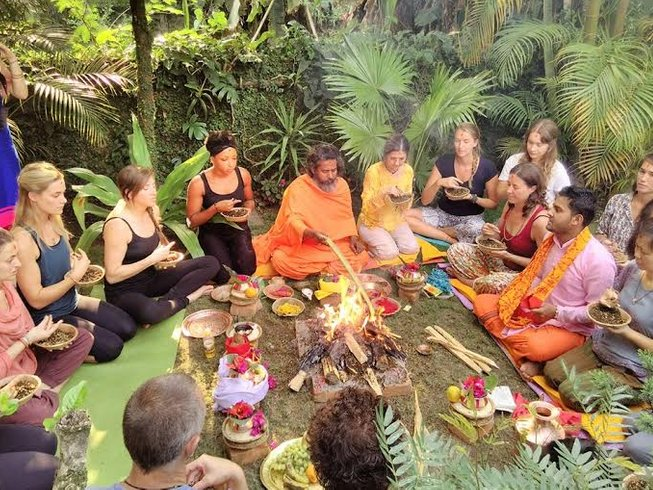 29-Daagse 200-urige Oude Kunst van Yoga Docentenopleiding in Rishikesh, India