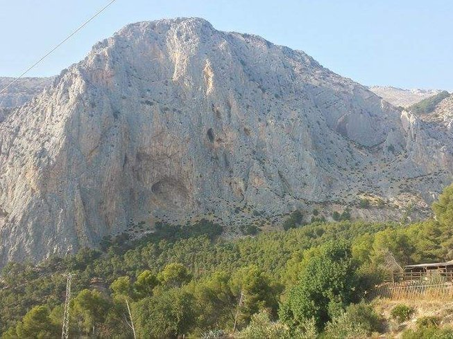 6 Days Rock Climbing and Yoga Retreat in Spain