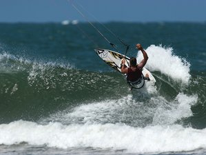 7 Days Beginner Kitesurfing Surf Camp in Malindi Bay, Kenya